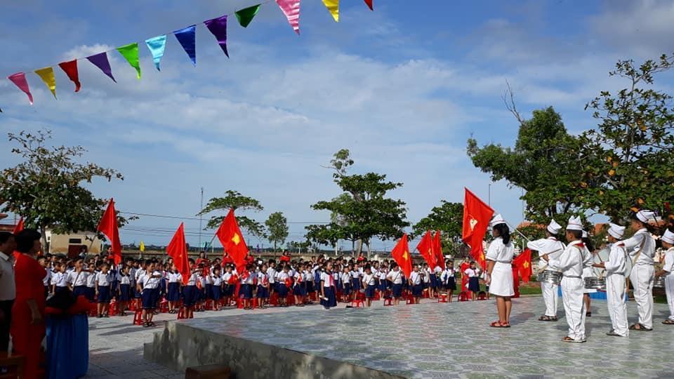 Cháu Lê Phan Bảo Ngọc tham dự English Festival Contest