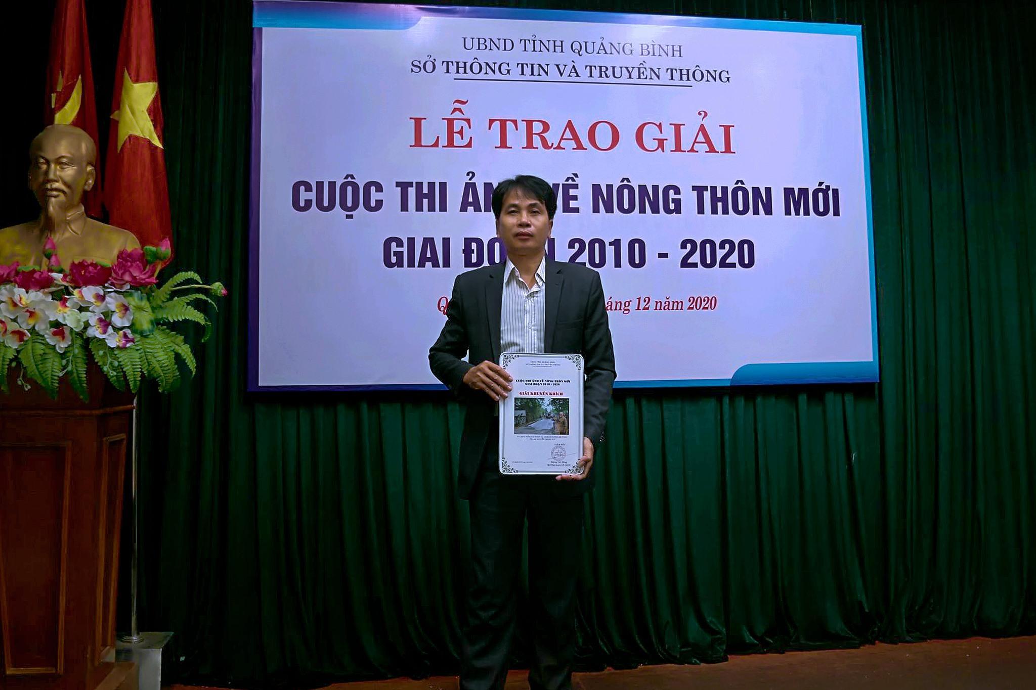 Anh Nguyễn Chung Quý đạt giải khuyến khích cuộc thi ảnh