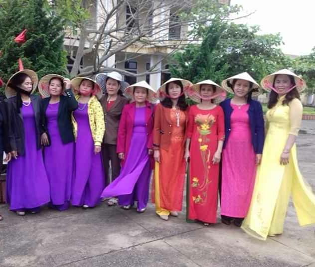 Áo dài phụ nữ Cao Lao Hạ