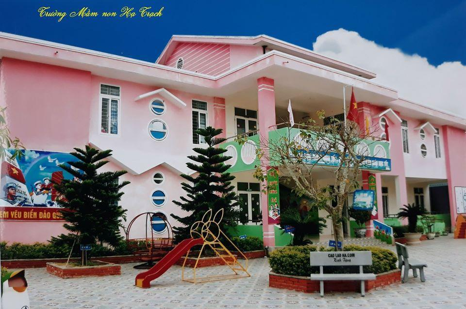 Caolaoha.com tặng sách, truyện cho trường Mầm non Hạ Trạch